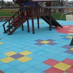 kauçuk zemin kaplama çocuk parkı çalışması