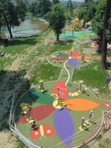kauçuk zemin uygulama çocuk parkı